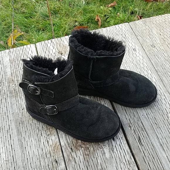 online retailer e466b 7162d Costco sheepskin boots 13
